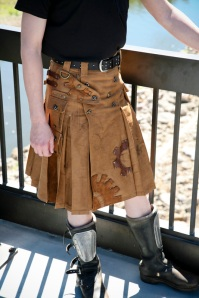 http://community.livejournal.com/steamfashion/tag/kilts