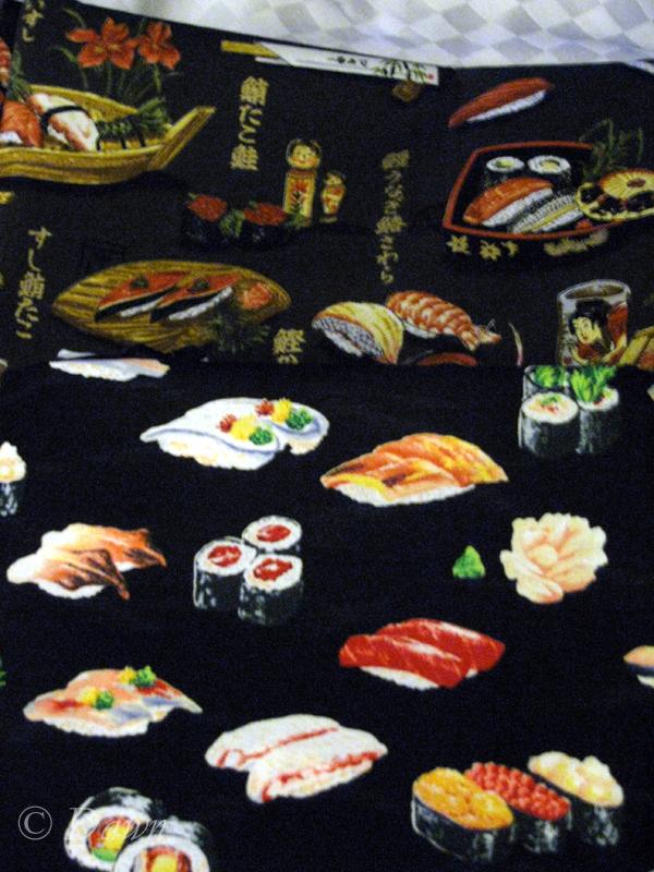 Fabric shopping in Maui (4/5)