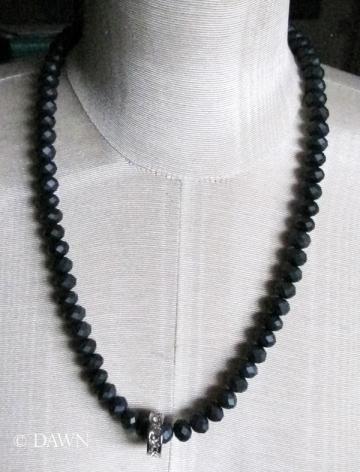 Matte blue bead necklace