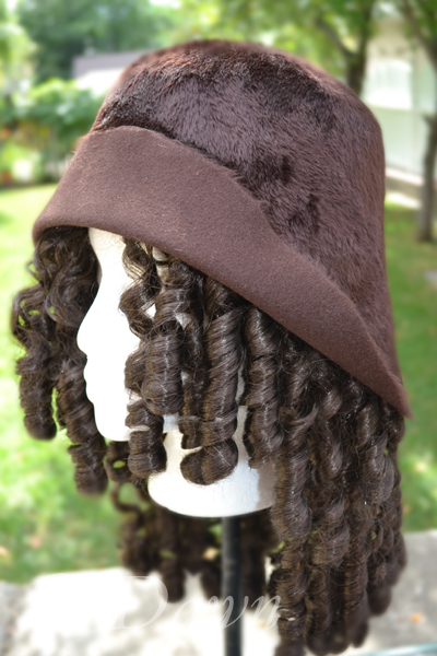 Brown fur-felt cloche