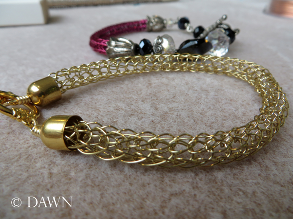 Gold single-knit Viking Knit bracelet