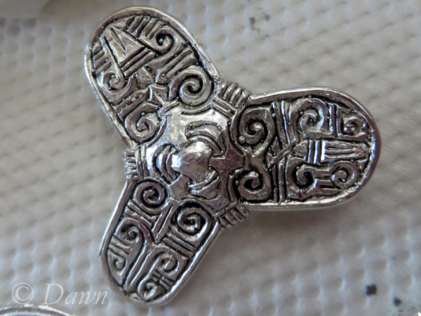 Finished tri-lobe brooch after black paint
