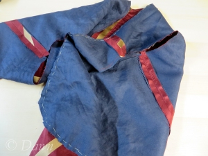 I interlined the silk with the same thin blue linen as the skirt lining.