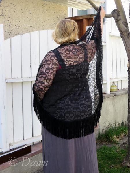 Lace skull-design shawl with black fringe