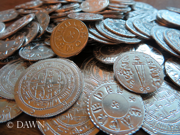 Replica Viking Age coins from Alpha Officium