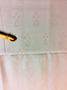 Transferring the pattern to grey cotton canvas