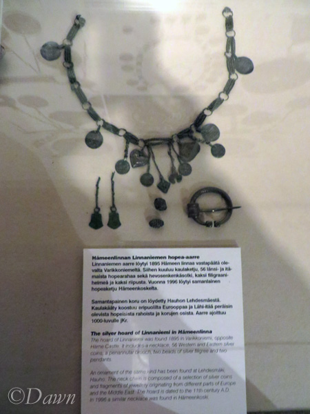 Linnaniemi, Hämeenlinna hoard necklace and other items from the hoard