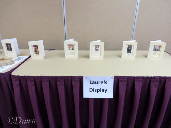 Laurels display