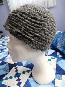 Naalbound hat with two different stitches (side view)