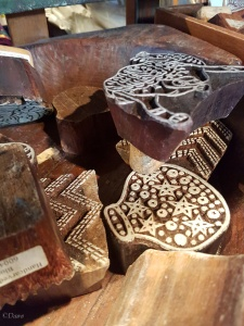 A nice selection of very modern wood block designs for block printing