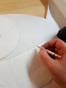tracing the truncated hennin pattern onto buckram