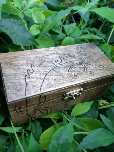Small Jörmungandr wooden pyrography box