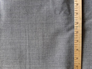 Superfine summerweight houndstooth wool