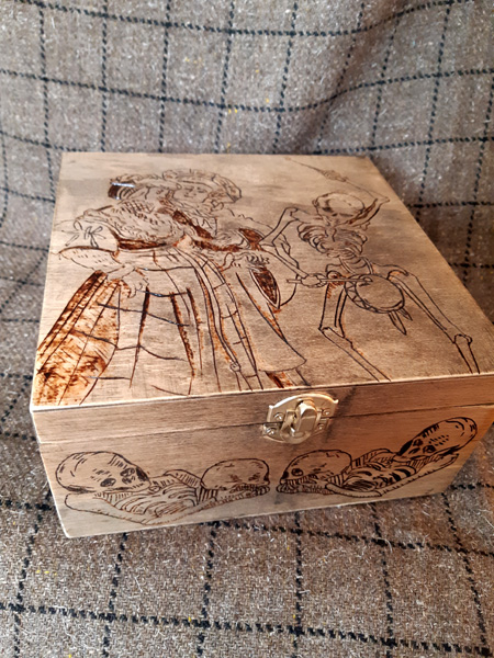 German Renaissance themed Pyrography box for my costume bling