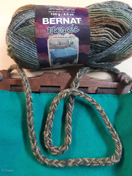 Making fingerloop braid for the Hedeby style bag strap from commercial yarn