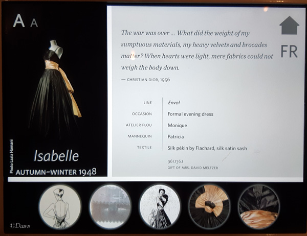 The Isabelle gown display screen