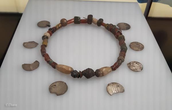 Øster Halne Enge necklace