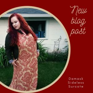 Wearing my red and gold damask sideless surcoat